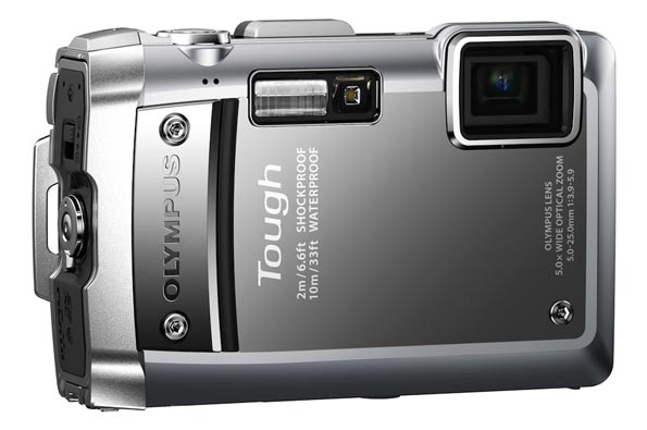 Фотокамера Olympus Tough TG-810: «спортивная» фотокамера с GPS-приёмником.